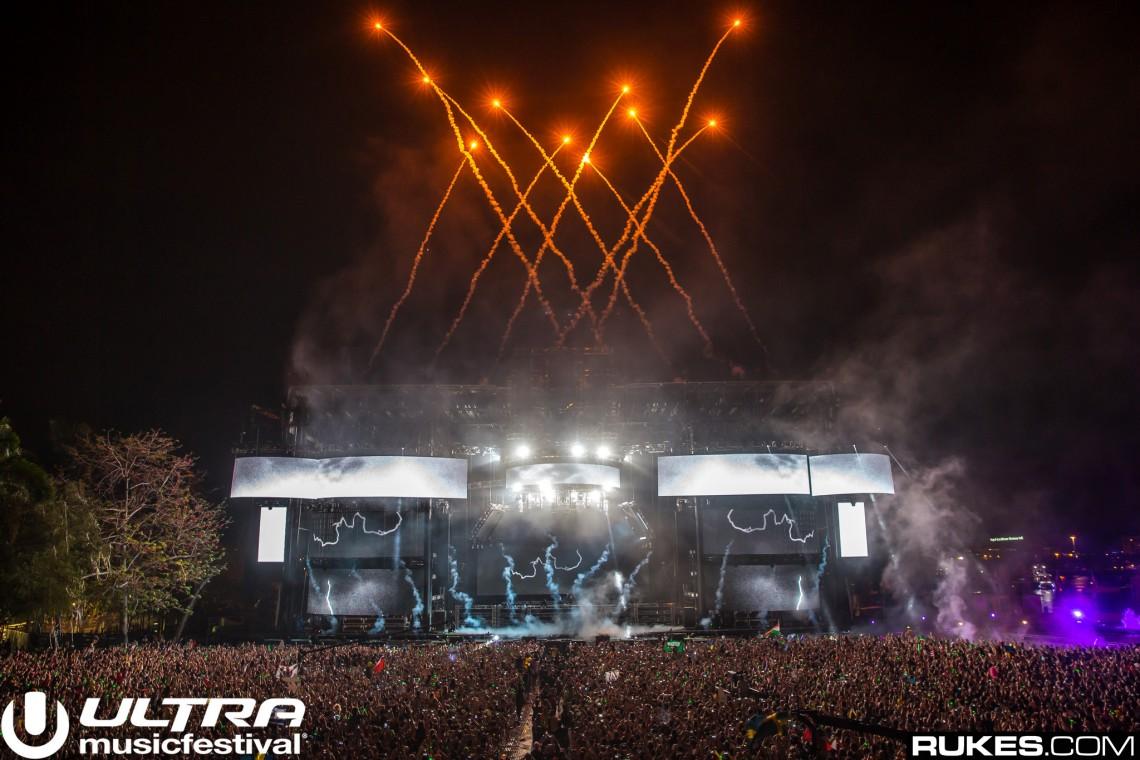 KBK Visuals at Ultra Miami with Hardwell by Rukes